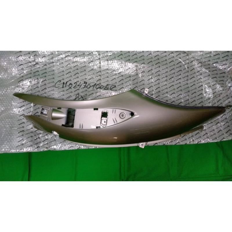 Fiancata SX Originale Piaggio codice CM02470100EC per Beverly 500 dal 2005 al 2006